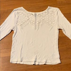 Casual 3/4 sleeve top with floral lace front